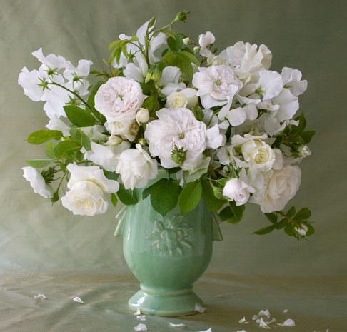 Mc-coy vase bouquet