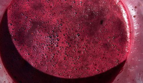 Strained-grape-juice
