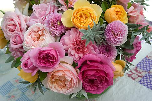 Rose-bouquet-close-up
