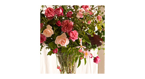 Mixed-Rose-Arrangement