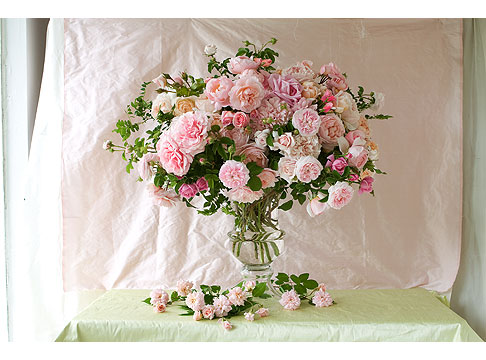 Pale-Pink-Rose-Bouquet