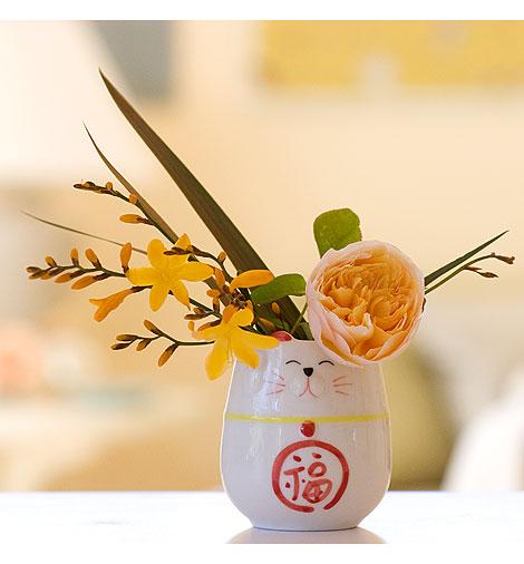 Crocosmia-in-Good-Luck-Vase