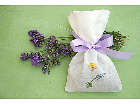 Sachet-and-Lavender