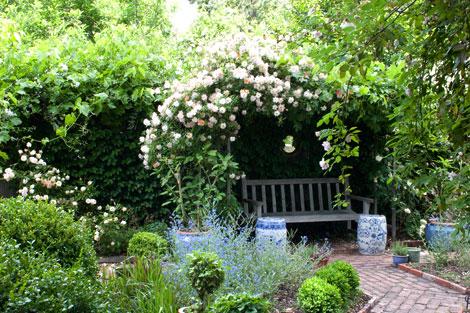 Rose-enclosure