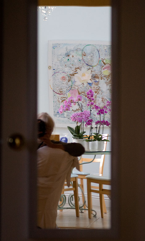 Dining-room-w-orchids