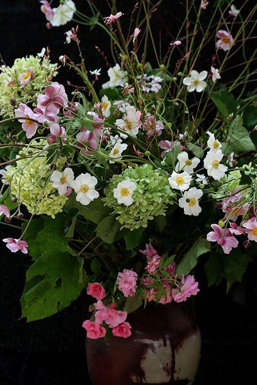 Japanese-anenome-bouquet