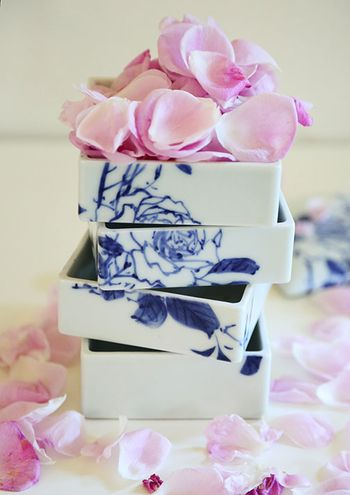 Hermosa-rose-petals