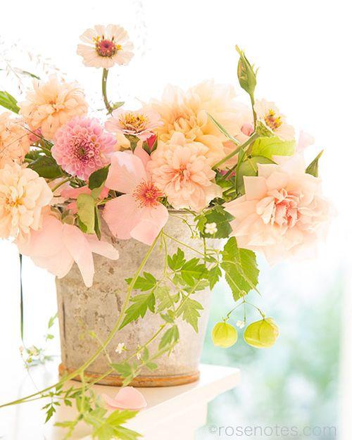 Flower-gift-bucket-5
