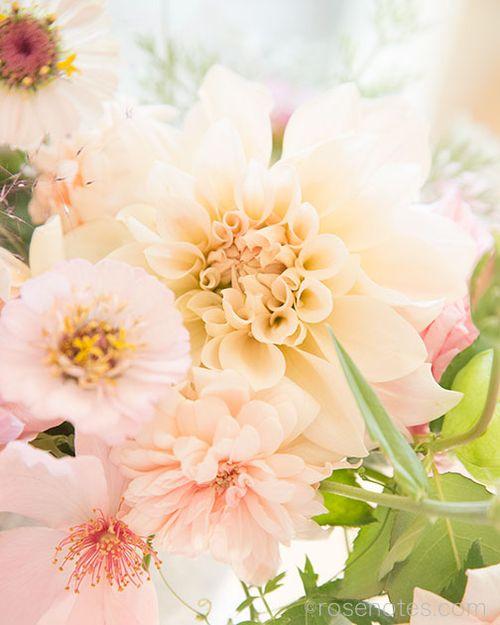 Flower-gift-bucket-3